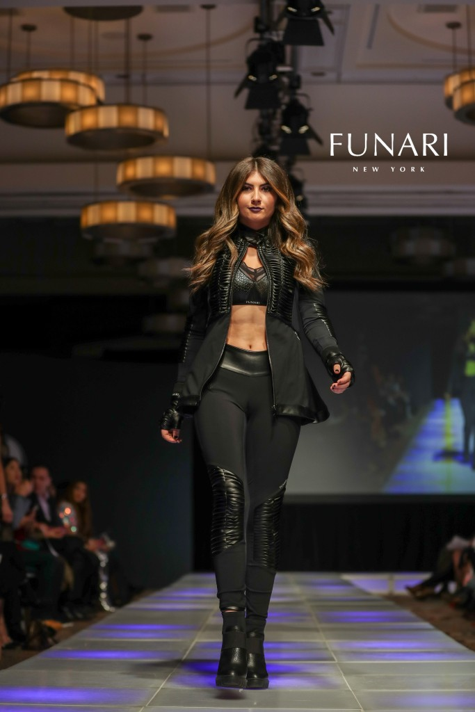 COUTURE LOGO JANLLE FUNARI MODEL MADISON PURICELLI 2018CFW0210-1X2V6543